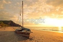 Link topictures boat beach sunrise Beach