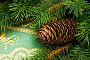 Link toChristmas tree decoration material picture