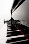 Link toClean piano keyboard psd