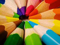 Link toColored pencils feature picture material