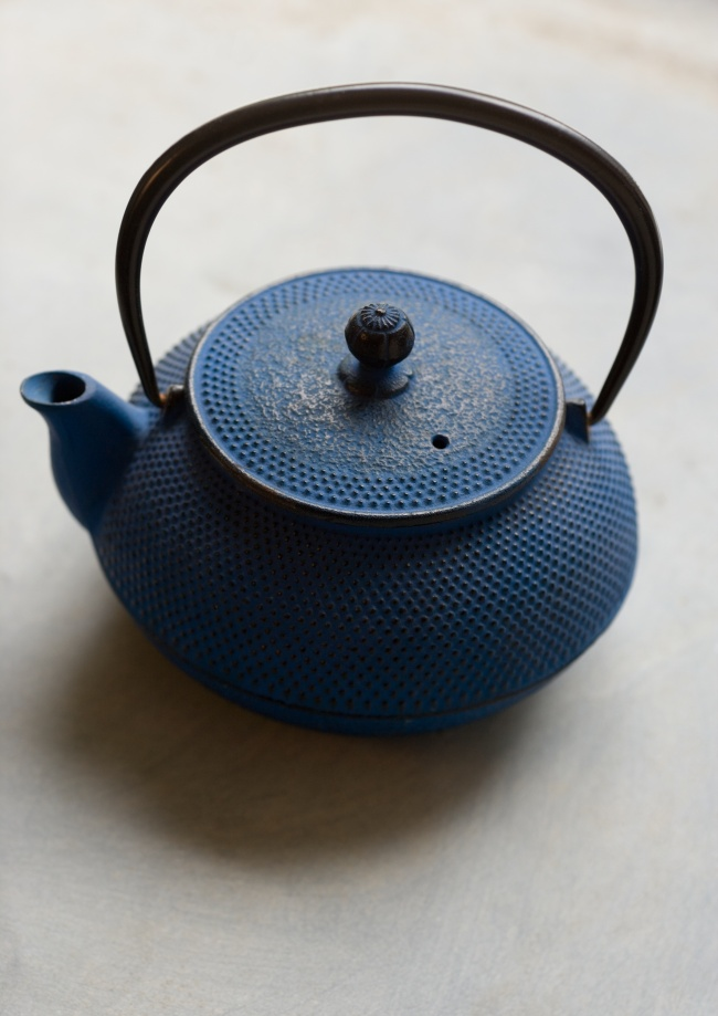 Today you can download Antique teapot picture download on FaceGFX. So ...