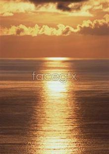 Link to124 dusk Dawn