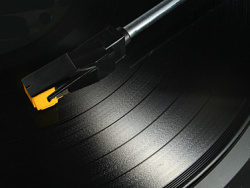 Link toDj feature picture material