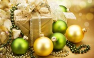 Link toDownload hd christmas balls pictures