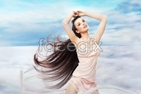 Link toEurope and the long hair of natural beauty