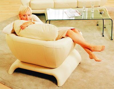 Link toNo material white fashion single sofa 3d model