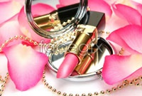 Link toPink lipstick high definition pictures