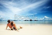 Link toSeaside romantic couple hd picture