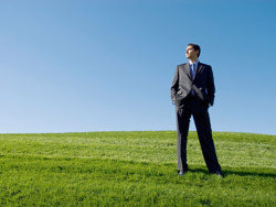 Link toSuccessful people on the grass picture material