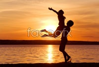 Link toSunset beach couple hd pictures